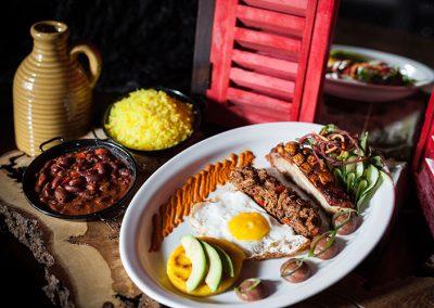 Carlinas-restaurant-gerechten12